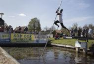 outdoorarrangementen-fierljeppen-groepsarrangementen-ottenhome-heeg-events
