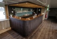 Bar van hotelschip It Beaken