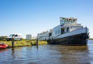Groepsaccommodatie op het water in Friesland